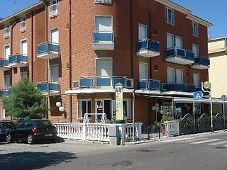 Hotel L&V